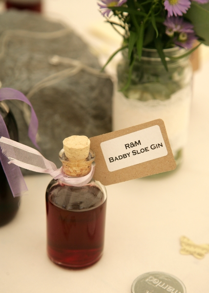 Sloe Gin Favour